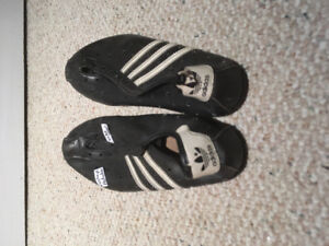 Vintage adidas cycling shoes. Men's size 8 or 9