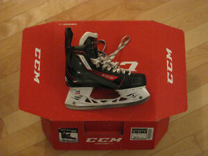 CCM Jetspeed 300 Hockey Skates for Sale (Size 9.5D)