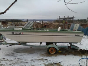 14ft Bowrider and Trailer