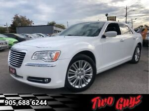 2014 Chrysler 300 Touring  AWD PANOROOF HTD LEATHER
