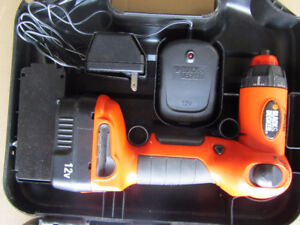 Black and Decker 12V 5 position drill/driver