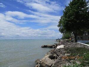 WATERFRONT- LAKE ERIE COTTAGE/HOME