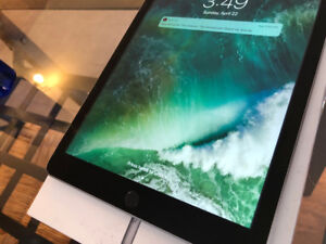 "iPad 9.7"" - WiFi + Cellular (5 months left in one year warranty)"