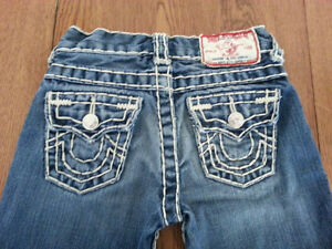 True Religion Boys White Stitching Jeans Red Barcode $156 New