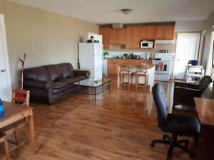 Cougar Creek room for rent