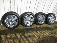 """2015 GMC 2500 8 Bolt 20"""" Rims and Tires"""