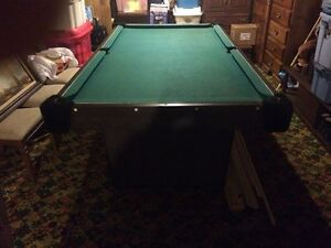 Pool table  Belleville Belleville Area image 1