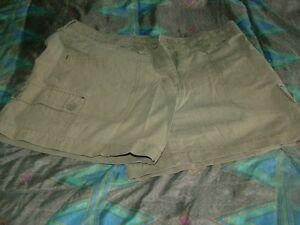 Woman's Shorts Stratford Kitchener Area image 7