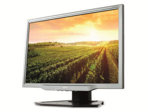 """Selling 22"""" Acer LCD monitor"""