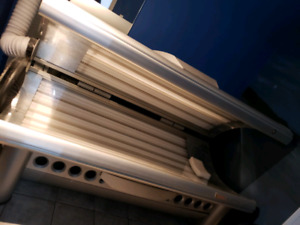 URGENT! Tanning & Nail salon equip pkge deal. Over $30k worth!