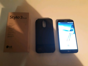 LG Stylo 3 plus For Sale!! Like new!