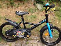 B'Twin boys bike