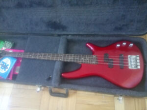 Ibanez Soundgear bass sr300dx red with hard case (price drop)