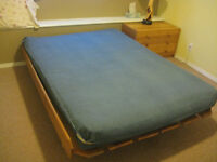 Futon bed / couch