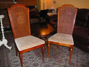 Superbe paire de chaises vintage signée, bois, style Sheraton +1