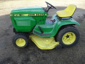 216 JD RIDING LAWN TRACTOR