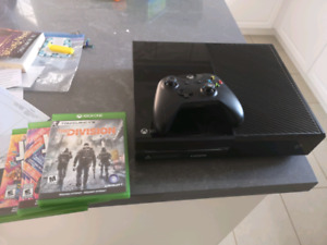 XBox One Launch edition with Kinect and games