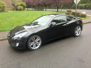 2010 Hyundai Genesis Coupe 3.8 GT Coupe ( 6 Speed )