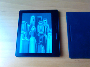 Amazon Kindle Oasis 3G + Wifi Ereader with Charging Cover