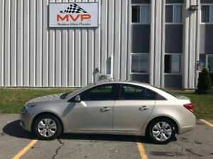 2014 Chevrolet Cruze 1LT Sedan LOW KILOMETERS FACTORY WARRANTY