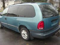 Pièces de Plymouth Voyager 1996