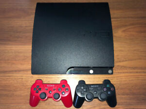 PS3, 2 Controllers + Games