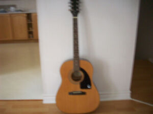 EPIPHONE  ACOUSTIC GUITAR ( EXCELLENT CONDITION )