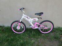 girls bike/bicyclette fille