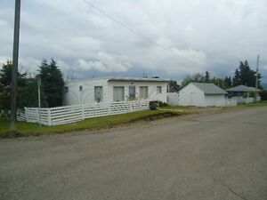 Parkhill Home for Sale in Dawson Creek *Original Owner*