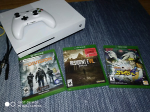 Like new white Xbox one S with 3 games