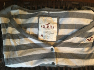 Hollister Woman's sweater