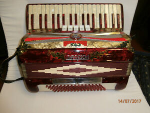 Moreschi piano accordion