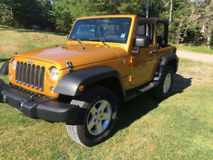 2014 JEEP WRANGLER SPORT 2DR 6 SPD.  PRICE REDUCED!!!