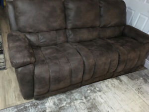 Mint condition couches
