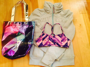 IVIVVA hoodlie and sports bra- SIZE 10