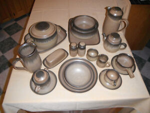 Denby Dishes - Brown Romany Pattern