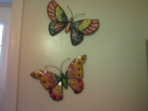 SET OF TIN/METAL BUTTERFLY WALL DECOR