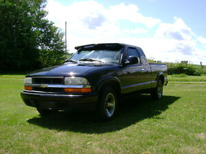 1998 Chevy S-10 Pickup Truck For Sale