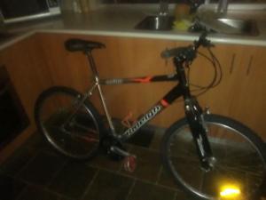 Raleigh M600 24spd mountain bike
