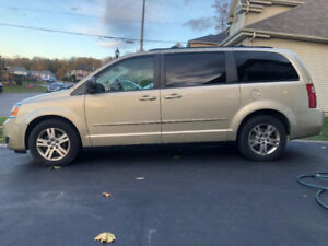 2010 Dodge Grand Caravan Stow-N-Go