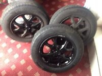 Toyota Yaris wheel with brand new tyres