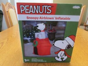 """CHRISTMAS SNOOPY INFLATABLE """"BRAND NEW"""""""