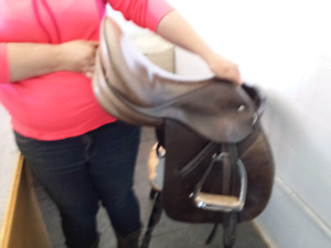 JES Ride International (by Schleese) All Purpose English Saddle