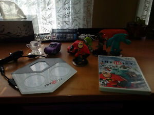Wii Infinity game with accessories