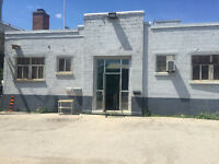 Great oportunity to lease 3350sqft Centrally located warehouse