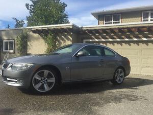 2011 BMW 3-Series Coupe (2 door)