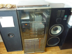 Vintage Audio System / with Cabinet and Speakers
