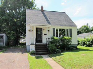 2 Bedroom House For Sale - With Large Garage