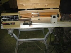 WOOD LATHE & WOOD CHISELS