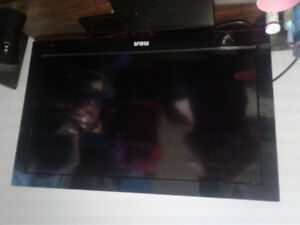 """RCA 32"""" flat screen tv for sale"""